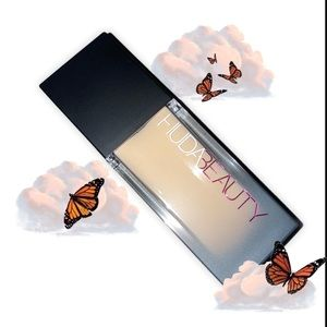 NIB Huda Beauty Faux Filter Foundation Panna Cotta